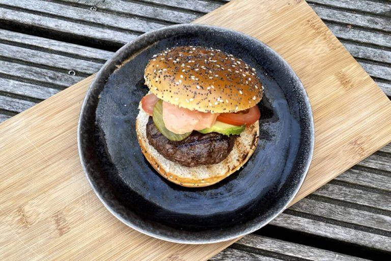 Hamburger van de grill