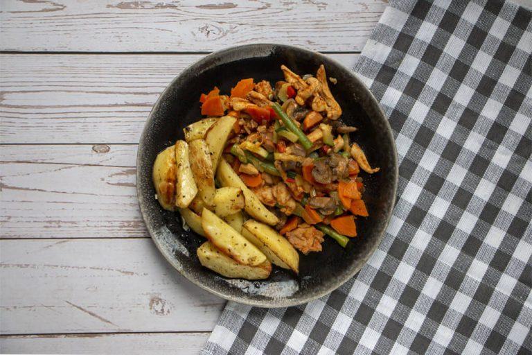 Groentepannetje met kip en Griekse aardappels