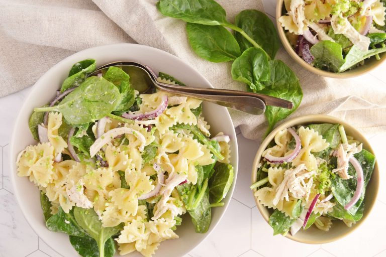 pastasalade-pulled-chicken-met-spinazie2